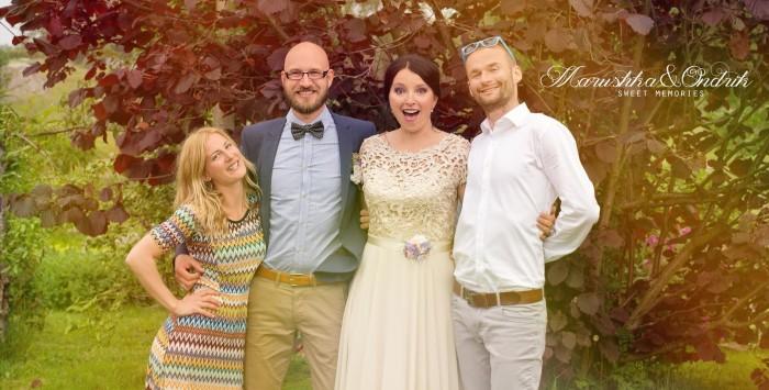 Duo svadobných fotografov na Slávkinej svadbe.