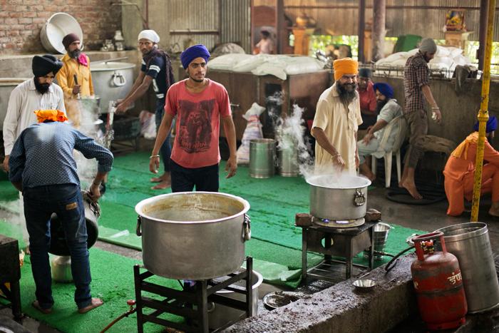 kuchyna_golden_temple, India