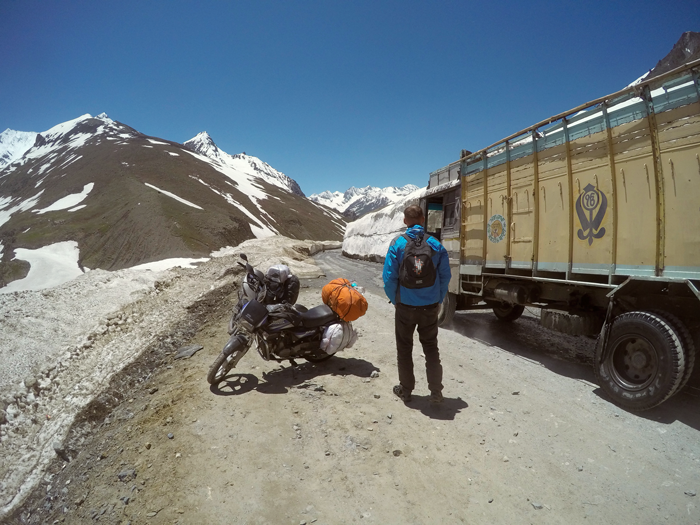 zojilla pass, India