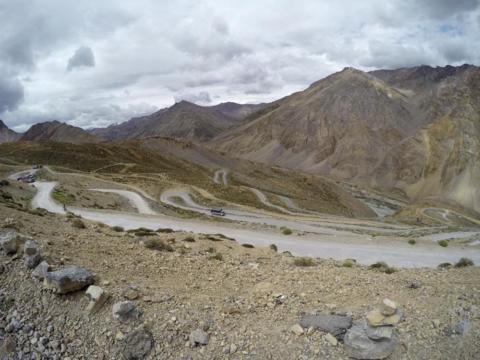 India. Ladakh, diaľnica Leh-Manali.