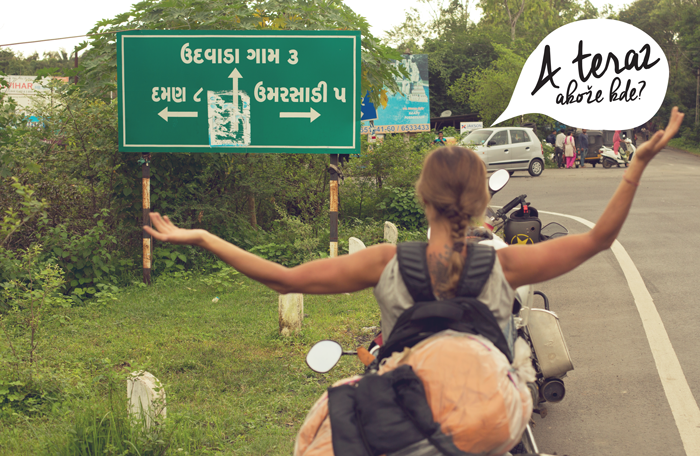 Križovatka v Indii. Keď nevieš kam sa vybrať.