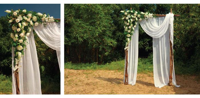 Veľká kvetinová dekorácia na svadobný oltár. Drevený svadobný oltár