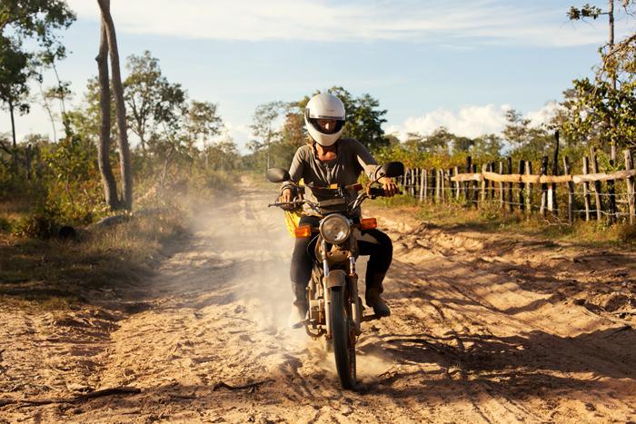 Prechod džungľou. Offroad. Kambodža na motorke Honda Win.