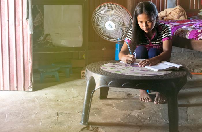 Zo života detí v Kambodži
