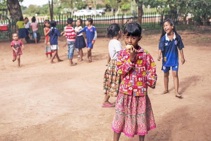 školské ihrisko v Kambodži